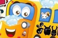Lavar el autobús del colegio